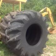 30.5X32 Skidder Tires